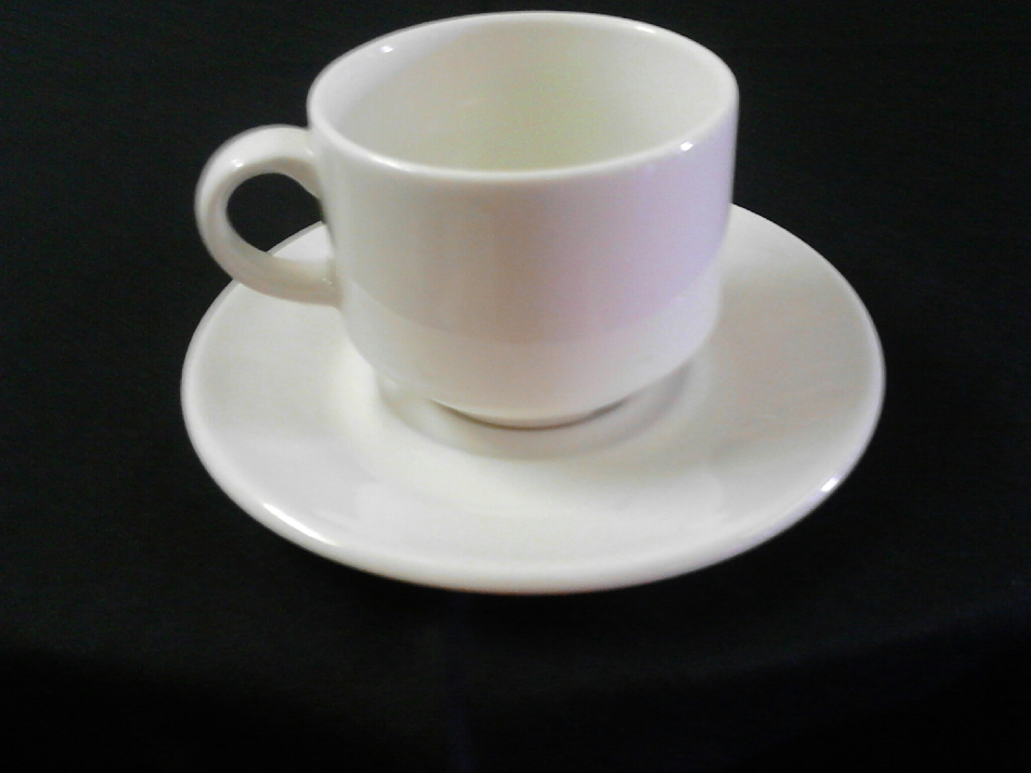 cups-&amp-saucers