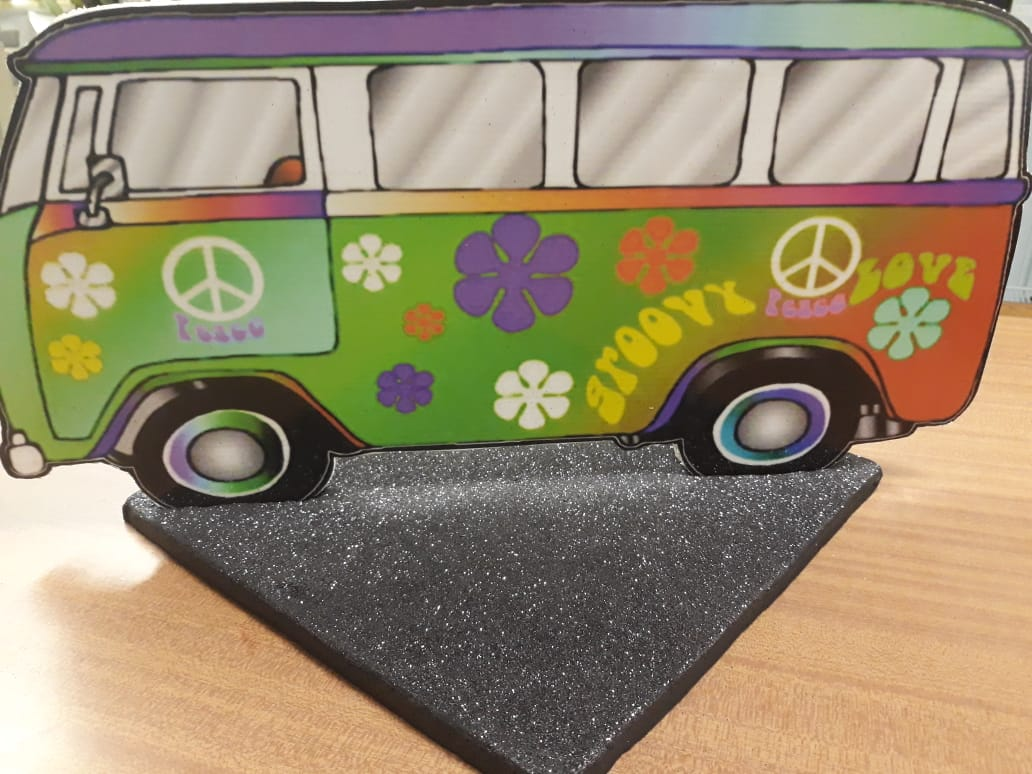 groovy-bus-cut-out