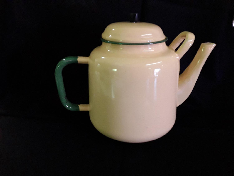 enamel-coffee-pot