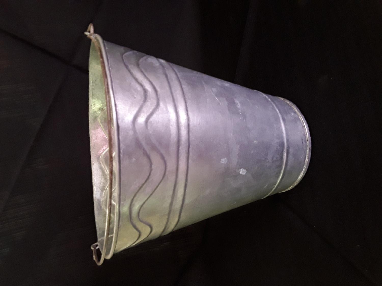 galvanised-bucket--medium