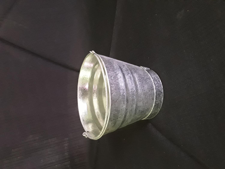 galvanised-bucket--tiny-cups