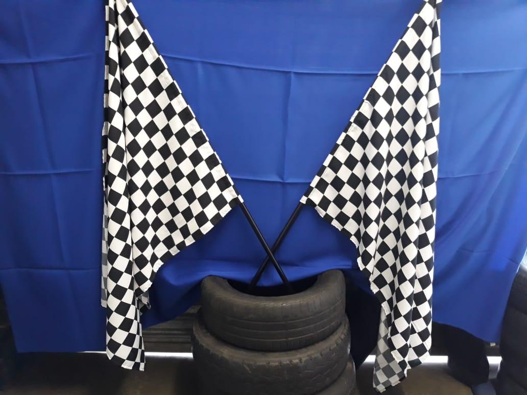 checkered-flag-on-pole